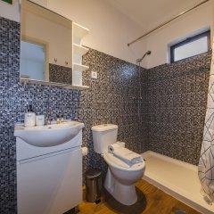 Отель B16 - Casa dos Montes in Alvor Португалия, Портимао - отзывы, цены и фото номеров - забронировать отель B16 - Casa dos Montes in Alvor онлайн ванная