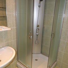 Гостиница Сансет 2* Номер с общей ванной комнатой с различными типами кроватей (общая ванная комната) фото 15