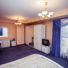 Гостиница Визит 3* Полулюкс с двуспальной кроватью