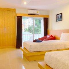 Отель Patong Eyes 3* Улучшенный номер с различными типами кроватей фото 6