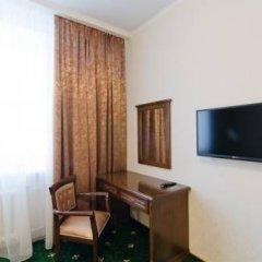 Гостиница Гарден 3* Стандартный мансардный номер с двуспальной кроватью фото 3