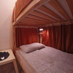 Гостиница Майкоп Сити Кровать в общем номере с двухъярусной кроватью