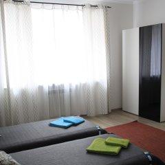 Гостевой дом Лорис Улучшенный номер с разными типами кроватей фото 15