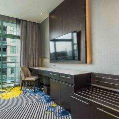 Отель Chatrium Riverside Bangkok Таиланд, Бангкок - 3 отзыва об отеле, цены и фото номеров - забронировать отель Chatrium Riverside Bangkok онлайн балкон