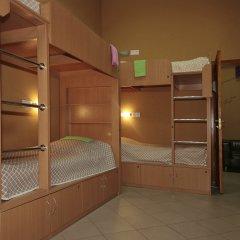 Hostel Podvorie Кровать в общем номере с двухъярусной кроватью фото 2