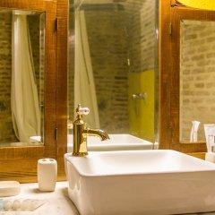 Отель Castle in Old Town Люкс с различными типами кроватей фото 38