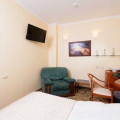 Гостиница Для Вас 4* Стандартный семейный номер с двуспальной кроватью фото 3