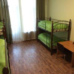 Хостел Сердце Столицы Кровать в женском общем номере двухъярусные кровати фото 3
