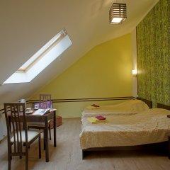 Гостиница JOY Номер Эконом разные типы кроватей (общая ванная комната) фото 20