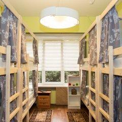 Хостел Рус – Парк Победы Кровать в мужском общем номере с двухъярусной кроватью