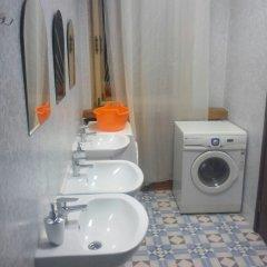 Хостел У Башни Кровать в общем номере с двухъярусной кроватью фото 14