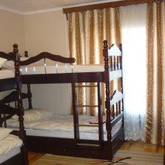 Хостел Центральный Кровать в общем номере с двухъярусной кроватью