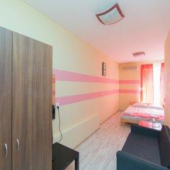 Мини-Отель Компас Номер с общей ванной комнатой с различными типами кроватей (общая ванная комната) фото 11