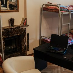 Хостел Камчатка Кровати в общем номере с двухъярусными кроватями фото 2