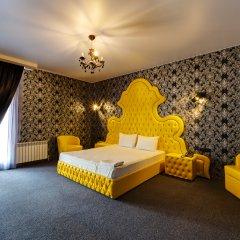 Гостиница Marton Boutique and Spa Номер Делюкс с разными типами кроватей