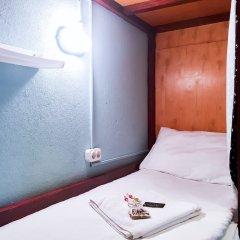 Хостел NW Hostel (North-West Hostel) Кровать в общем номере с двухъярусной кроватью фото 4