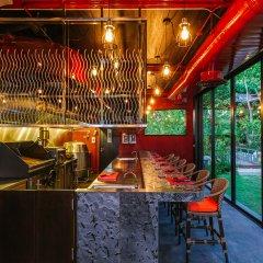 Sri Panwa Phuket Luxury Pool Villa Hotel гостиничный бар фото 3