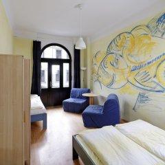 Отель Хостел Mondpalast Dresden Германия, Дрезден - 1 отзыв об отеле, цены и фото номеров - забронировать отель Хостел Mondpalast Dresden онлайн комната для гостей