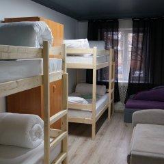 Гостиница Oh My Kant on Olshtynskaya Кровать в общем номере с двухъярусными кроватями фото 9