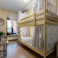 Лайк Хостел Санкт-Петербург на Театральной Кровать в общем номере с двухъярусной кроватью фото 10