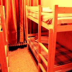 Хостел Любимый Кровати в общем номере с двухъярусными кроватями фото 10