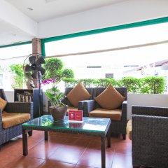 Отель ZEN Rooms Chaloemprakiat Patong интерьер отеля