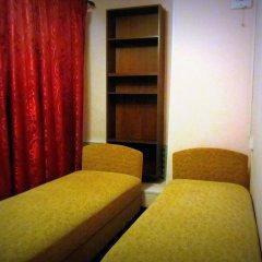 Гостевой Дом Old Flat на Жуковского Номер с общей ванной комнатой с различными типами кроватей (общая ванная комната) фото 5