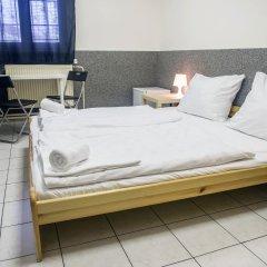 Хостел Seven Prague Номер с общей ванной комнатой с различными типами кроватей (общая ванная комната) фото 15