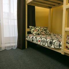 Хостел Like Home Кровать в мужском общем номере с двухъярусной кроватью
