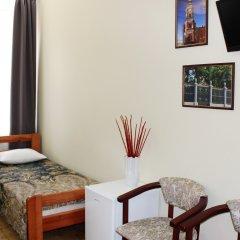 Гостевой Дом (Мини-отель) Ассоль Номер с общей ванной комнатой с различными типами кроватей (общая ванная комната) фото 4