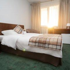Гостиница Восток Улучшенный номер с двуспальной кроватью