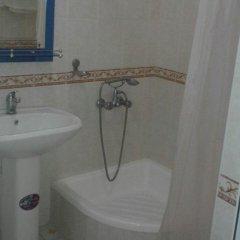 Отель Sarbon Samarkand Узбекистан, Самарканд - отзывы, цены и фото номеров - забронировать отель Sarbon Samarkand онлайн ванная