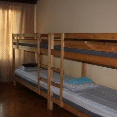 Атмосфера Хостел Кровать в мужском общем номере с двухъярусной кроватью фото 6