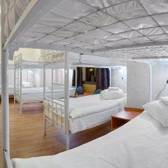 Гостиница ГородОтель на Казанском Кровать в женском общем номере с двухъярусной кроватью