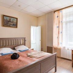 Метро-Тур хостел Улучшенный номер с различными типами кроватей