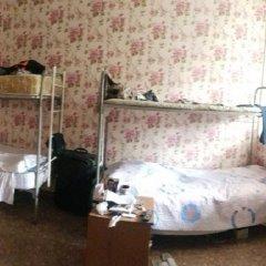 Хостел Дом Охотника Кровать в мужском общем номере с двухъярусной кроватью