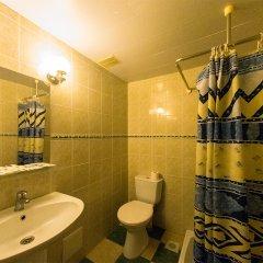 Одеон Отель Кровать в мужском общем номере фото 7