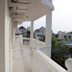 Гостиница Гостевой Дом Лера в Сочи 4 отзыва об отеле, цены и фото номеров - забронировать гостиницу Гостевой Дом Лера онлайн балкон
