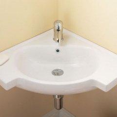 Гостиница Москва Номер с общей ванной комнатой с различными типами кроватей (общая ванная комната) фото 8