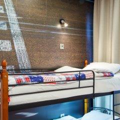 Hostel Racing Paradise Кровать в общем номере с двухъярусной кроватью фото 5