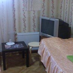 Мини-отель Лира Номер с общей ванной комнатой с различными типами кроватей (общая ванная комната) фото 7