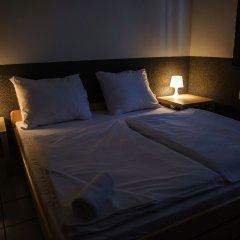 Хостел Seven Prague Номер с общей ванной комнатой с различными типами кроватей (общая ванная комната) фото 9