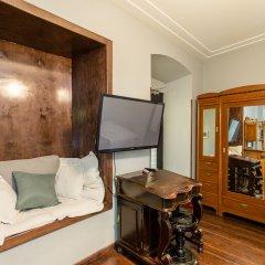 Отель Castle in Old Town Студия с двуспальной кроватью фото 5