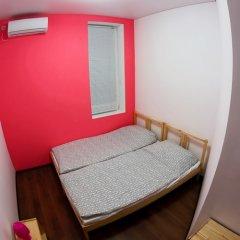 Mayak Hostel Номер с общей ванной комнатой с различными типами кроватей (общая ванная комната) фото 5