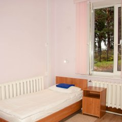 Хостел Бор на Волге Стандартный номер 2 отдельные кровати (общая ванная комната) фото 2