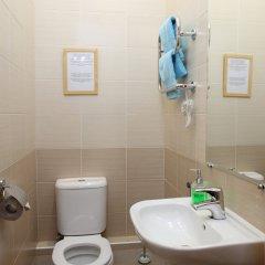 Гостиница Комнаты на ул.Рубинштейна,38 Кровать в мужском общем номере с двухъярусной кроватью фото 5