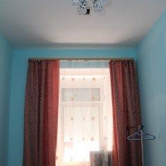 Мини-Отель 99 на Арбате Стандартный номер с общей ванной комнатой с разными типами кроватей фото 11