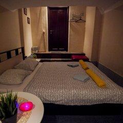 Хостел Полянка на Чистых Прудах Номер с различными типами кроватей (общая ванная комната) фото 8