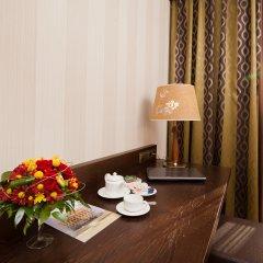 Гостиница Петро Палас 5* Улучшенный номер с различными типами кроватей фото 5