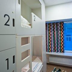 Хостел Graffiti L Кровать в общем номере с двухъярусной кроватью фото 8